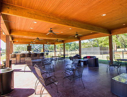 Lion Hills Outside Deck/Bar