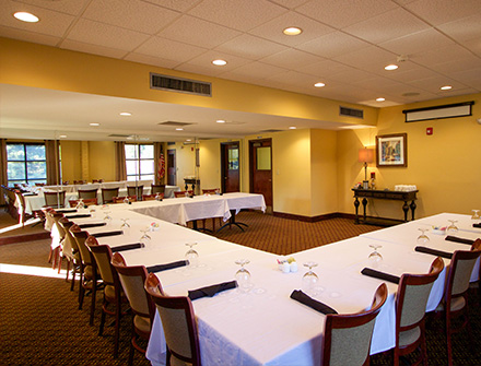 Fairway Room at Lion Hills
