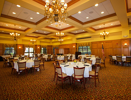 Lion Hills Mississippi Room